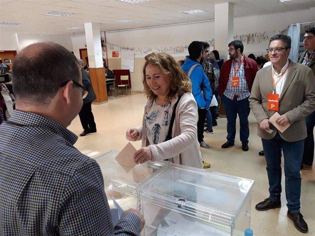 """28A.- De Juan (Cs) Anima A Votar """"En Un Momento Que Hace Falta Un Cambio"""""""