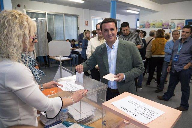 "Almería.-28A.- García (PP) pide reflexión porque ""esta votación no va ni experimentos, ni de castigos, ni de premios"""