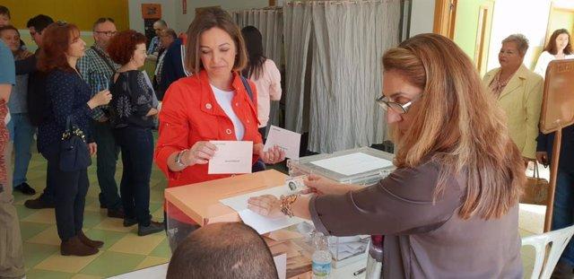 """Córdoba.- 28A.- Ambrosio pide que se vote """"mirando al futuro"""" y a la """"consolidación del estado democrático"""""""