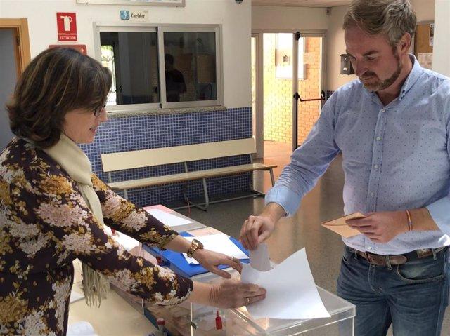 CLAVELL INVITA A LOS ELECTORES A MEDITAR EL VOTO EL CANDIDATO NÚMERO UNO POR CASTELLÓN AL CONGRESO