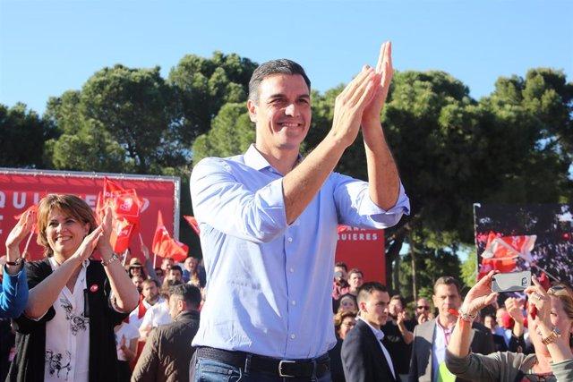 Acto del PSOE en el Auditorio Entrevías, Madrid