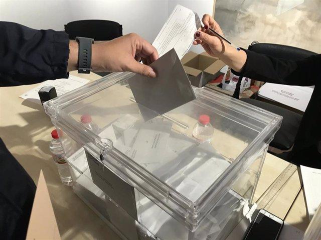 28A.- En La Rioja con el 98,04% escrutado el PSOE obtiene 2 escaños, por otro del PP y uno de Cs