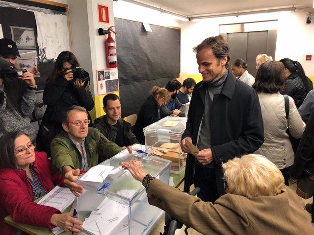 """28A.- Asens (ECP) creu que es confirmar """"la remuntada que indicaven les enquestes"""""""