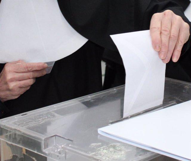 28A.- En Toledo, con el 61,87% escrutado, el PP baja uno, Cs y Vox logran uno cada uno y Unidas Podemos pierde el suyo