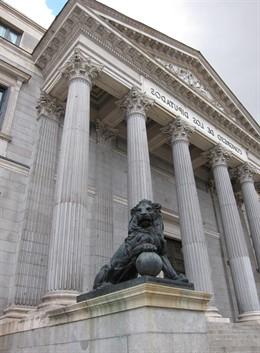 28A.- El nuevo Congreso heredará cuatro reformas constitucionales, tres estatutarias y las renovaciones del CGPJ y RTVE