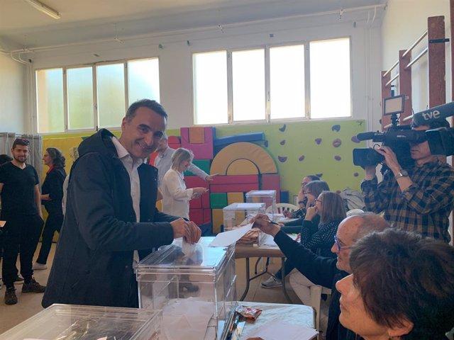 """Pons: """"Aquest diumenge és un dia transcendental. Els socialistes ho afrontem amb il·lusió, esperança i guanyes"""""""