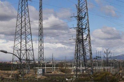 El sistema eléctrico registra un déficit de 242,7 millones de euros en 2018, a falta de una liquidación