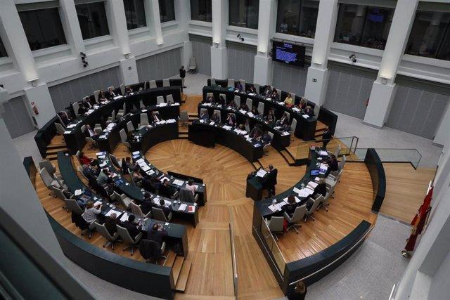 Los cuatro grupos municipales tratarán de consensuar su compromiso con la continuidad de la Oficina del Sureste