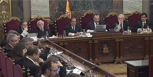 Sànchez se ofreció a acompañar a la secretaria judicial para salir de Economía el 20-S, según una testigo