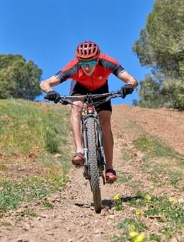 COMUNICADO: Roberto Sunglasses renueva su patrocinio con el 7 veces campeón del mundo de triatlón cross Rubén Ruzafa