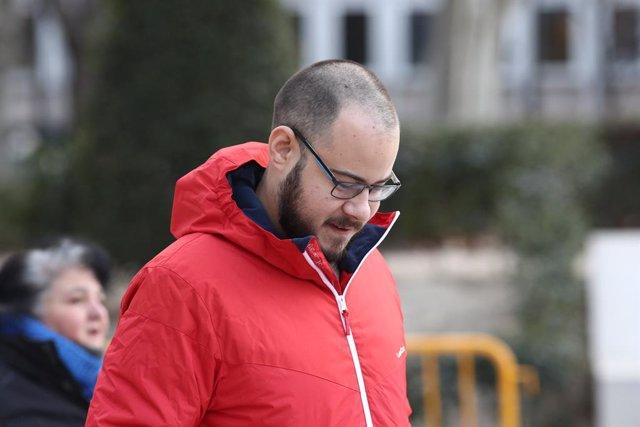 Decretan libertad para el rapero Pablo Hasel tras ser detenido en un control por tener una orden de búsqueda