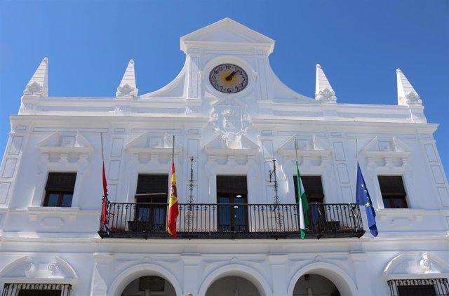 Huelva.- Sucesos.- Decretan tres días de luto en Cartaya, localidad natal de la madre e hija fallecidas en accidente
