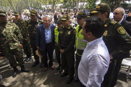 Piden la renuncia del ministro de Defensa de Colombia por irregularidades en la muerte de un exguerrillero de las FARC