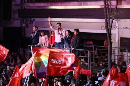 Fundación Toro de Lidia celebra que el PACMA se haya quedado fuera del Congreso y tiende la mano al PSOE