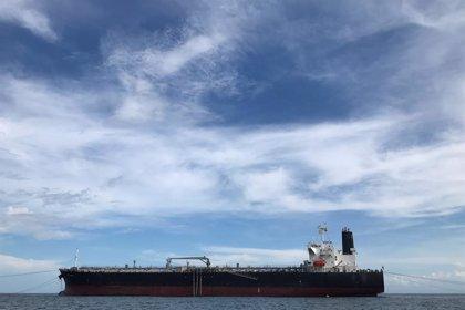 La salida de la OEA y la entrada en vigor de las sanciones petroleras de EEUU, ¿qué va a pasar en Venezuela?