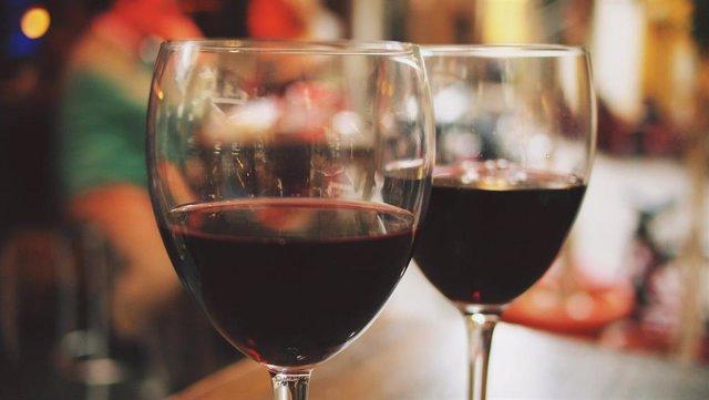 Asociaciones europeas denuncian una web sobre etiquetado de bebidas de la industria del alcohol