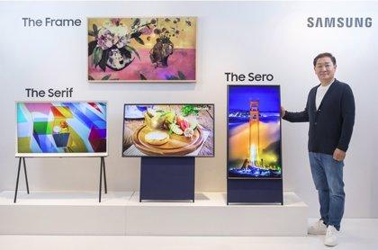 Samsung presenta un televisor vertical enfocado a la generación 'millennial' y su uso constante de 'smartphones'