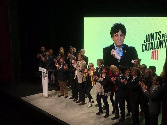 """28A.- Puigdemont assegura que l'independentisme """"continuar sent la fora central a Catalunya"""""""