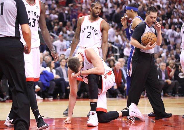 Baloncesto/NBA.- Toronto dobla la rodilla ante los Sixers y Denver empieza ganando a Portland