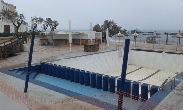 El GOB reclama la retirada de la piscina del hotel Mar y Paz en Can Picafort