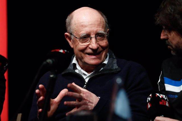 Coloquio sobre eutanasia y derecho a morir dignamente celebrado en el Teatro del Barrio de Madrid