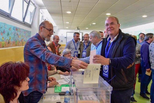 """28A.- Monago (PP) pide a los electores que """"reflexionen muy bien su voto"""" porque después """"no hay libro de reclamaciones"""""""
