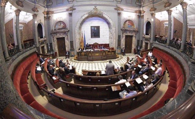 Valencia.- Despedidas, agradecimientos y mociones retiradas marcan el último pleno de la legislatura en el Ayuntamiento