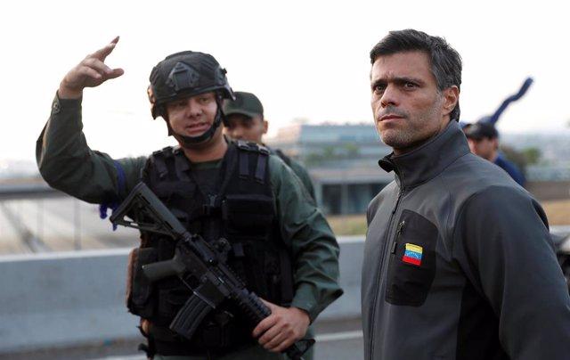 Fotos y vídeos de Venezuela tras la liberación de Leopoldo López por militares