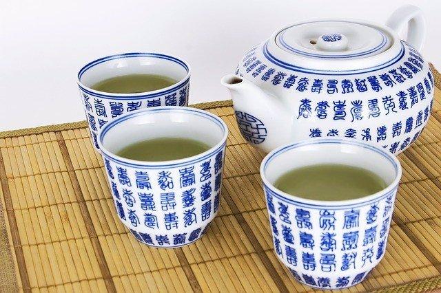 EEUU.- Consiguen revertir síntomas similares al Alzheimer en ratones a través de compuestos de té verde y zanahorias