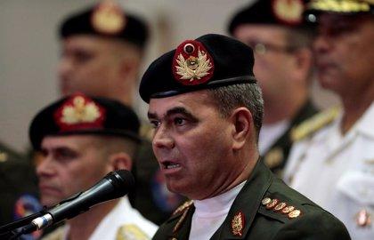 """El ministro de Defensa de Venezuela asegura que las FANB se mantienen """"firmes en defensa de la Constitución"""""""