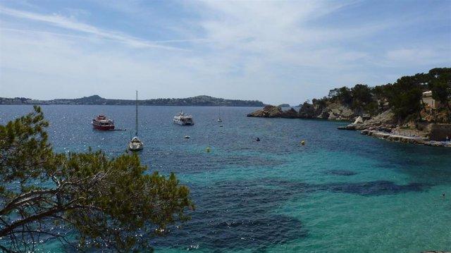 Tres playas de Baleares, entre las cinco mejores del Estado solo accesibles en Barco, según SamBoat.Es