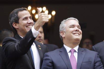 """Iván Duque llama a los militares venezolanos a situarse """"del lado correcto de la historia"""""""