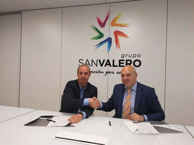 El Clúster de Maquinaria Agrícola de Aragón y el Grupo San Valero firman un acuerdo para acercar el sector a los jóvenes