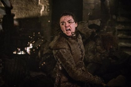 """Fans de Juego de Tronos tachan a Arya de 'Mary Sue', y arden las redes: """"Dejad de tener miedo de mujeres fuertes"""""""