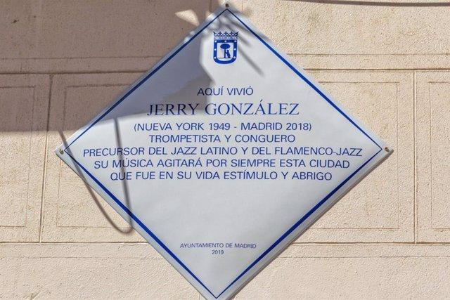 Colocan una placa conmemorativa en la casa de Lavapiés donde vivió el mítico trompetista neoyorkino Jerry González