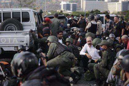 Exteriores de España pone a disposición un teléfono de emergencia consular para los españoles en Venezuela