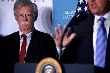 Bolton asegura que el ministro de Defensa y otros altos cargos habían accedido a la salida de Maduro