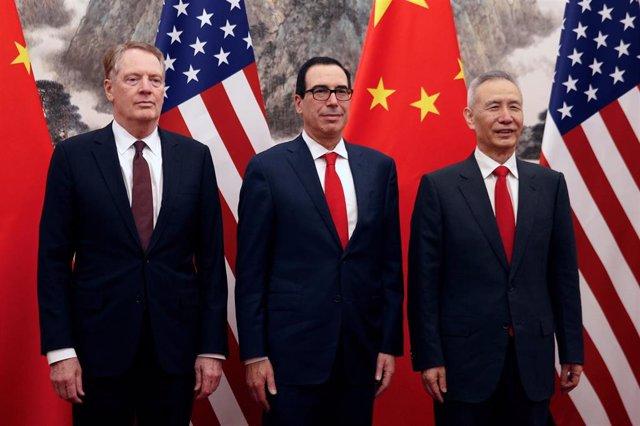 """EEUU/China.- China y EEUU inician las últimas conversaciones comerciales tras una """"agradable"""" cena de trabajo"""