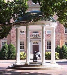 Universidad de Carolina del Norte en Chapel Hill.