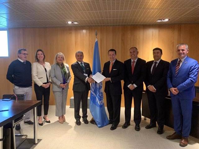 Málaga.-El Cuerpo Consular firma un convenio para la formación diplomática de sus integrantes en proyectos de alto nivel