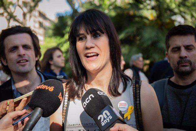 Aurora Madaula Atiende A Los Medios En La Jornada Del 1 De Mayo