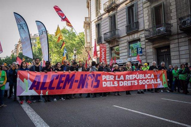 1 De Mayo.- Empieza La Manifestación De La ANC Y La Intersindical-CSC En Barcelona