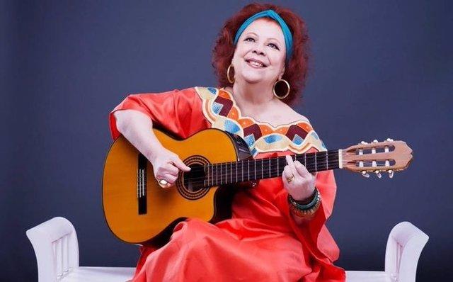 Muere la cantante brasileña Beth Carvalho a los 72 años