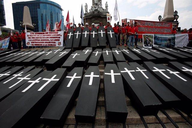 México.- López Obrador confirma el inicio del rescate de los cuerpos de los 65 mineros fallecidos en 2006