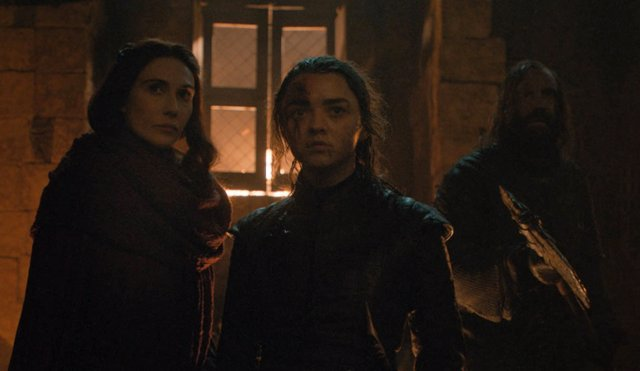 Juego de Tronos: ¿La profecía de Melisandre augura que Arya también matará a Cersei... O a Danerys?