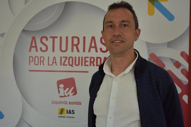 """Zapico (IU) considera """"inconcebible"""" el retraso del pago de las becas Erasmus"""