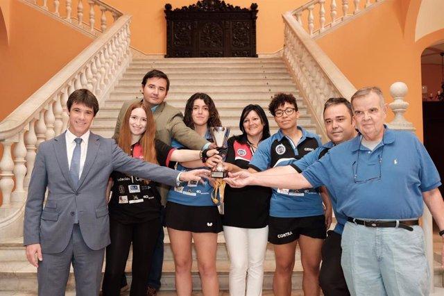 Sevilla.-Cajasol.- Ayuntamiento recibe a las jugadoras del CTM Hispalis Fundación Cajasol tras su ascenso a la Superliga