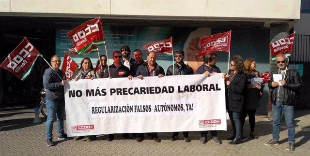 """Sevilla.- CCOO pide la """"regularización de 70 falsos autónomos detectados"""" en el Hospital de Fátima"""