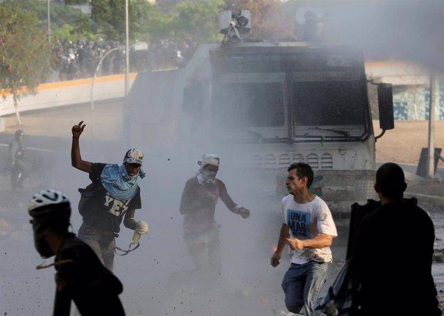"""Venezuela.- HRW muestra su """"extrema preocupación"""" por la """"respuesta violenta"""" contra manifestantes en Venezuela"""