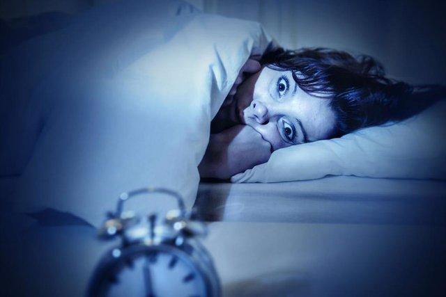 COMUNICADO: La eficacia de ejercitar la mente y el cuerpo para combatir el insomnio
